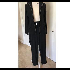 Chico's Zenergy 2 Piece Travel Athletic Suit Black